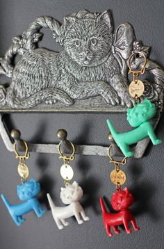 【 Unimel 】ユニメル ネコのフレンチキーホルダー - 海外のブロカント(ヴィンテージ)・アンティーク雑貨、猫雑貨、ネコと暮らすインテリア La Maison du Chat Noir|ラ・メゾン・デュ・シャノワール(大阪 北浜)