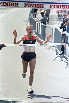 Grete Waitz was an outstanding runner winning the World Cross Country title 5 times, the World Marathon title, 9 New York Marathons and 2 London Marathons. An inspirational figure for women athletes and cancer fund raiser although she lost her battle with the disease age 57 in 2011. # legend http://www.theguardian.com/sport/2011/apr/21/grete-waitz-obituary