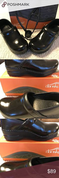 Dansko Cloggs Black. Size 38 that converts to US 8.  Purchased and wore a couple of times then decided they were too tight so they have been sitting in my closet since. Super comfortable, I have 3 other pair in a larger size.  Great if you are on your feet all day. Great used condition Dansko Shoes