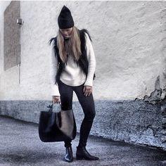 Maria Karlberg Winter Hats, Layers, Instagram, Fashion, Layering, Moda, Fashion Styles, Fashion Illustrations