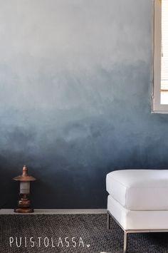 Puistolassa.: DIY: liukuvärimaalattu seinä