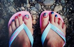 Celebrate July the 4th in style with awesome American flag nail art and toe nail designs! See our picks for the occasion.