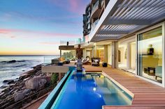 Beautiful Pacific ocean view #luxuryhomes #oceanview #swimmingpool #safeguardarchitectural #framelessglassrailing #indooroutdoor #designer #beach #sunset #malibu #view #mansion #celebrity #glasshouse #boss #entertainment #entrepreneur #realtor #realestate #architecture #glazing #outdoor #nobu #stars #construction #builder #interiordesign #luxury #life http://tipsrazzi.com/ipost/1510557637259176439/?code=BT2lCr1lin3