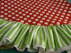 20 Beautiful Christmas Tree Skirt Designs