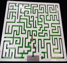 Key Maze Puzzle for Escape Rooms - Acrylic Model - Creative Escape Rooms