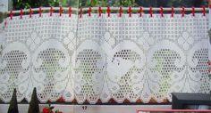 Curtain with diagram, filet work Me gustaría que me enviaras el patrón es muy bonita.