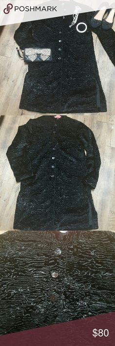 "Chico's Faux Fur sheared Look Black mandarin  Coat Pre-owned in excellent condition versatile long coat made up of a combination of fabrics which give rhe look and feel of sheared Fur. .. but its FAUX...  Mandarin collar neckline Buttons down front Fully lined Side slash pockets Notched(slits) on both sides  ..A great piece to wear over your favorite black dress,skirt or jeans for years.. TiMELESS   Retail value $PRICELESS  Size 0= XSmall 19 1/2"" from underarm to underarm when laying flat…"