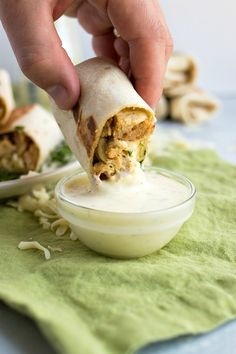 Flour tortillas are stuffed with grilled chicken, Monterrey jack cheese, ranch dressing, and chopped cilantro and then grilled to heat through and seal. Greek Recipes, Meat Recipes, Crockpot Recipes, Chicken Recipes, Dinner Recipes, Greek Chicken, Ranch Chicken, Chicken Gyros, Grilled Chicken