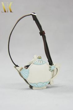 SKB16 Alice in Wonderland Teapot Bag for Blythe Pullip Dal Azone Lati 1/6 BJD