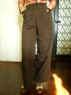 Original 1940s handsewn land girl vintage womens brown slacks/ pants/trousers with coconut buttons