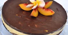 Delicious raw cake with a wonderful combination of peach and chocolate