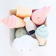 Little box filled with Lovelyness! By @boutiquelemechantloup  #littlelovelylights #icecreamlight #pearlight #cloudlight #milknightlight #alittlelovelycompany