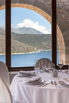 Such an amazing view from our Anerousa restaurant! #petrakaifos #restaurant #delish #foodgram #amazingview #sea