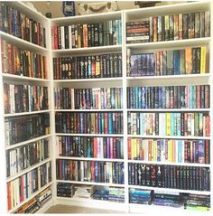 books like the selection Library Bookshelves, Bookshelf Plans, Bookcases, Cool Books, Ya Books, Books To Read, Bookshelf Inspiration, Dream Library, Book Corners
