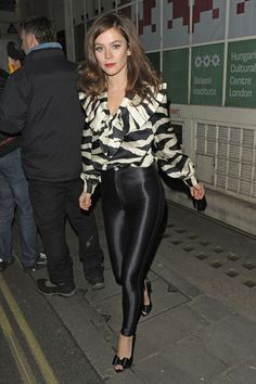 Anna Friel, wearing a black and white blouse with some very tight black pants, exits the Vaudeville Theatre after her performance in 'Uncle Vanya' in London.**UK, IRELAND, DUBAI, USA & CANADIAN USE ONLY** Photograph: © ZTimages.