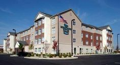 Homewood Suites by Hilton Indianapolis Northwest Indianapolis Providing all the amenities and services needed to make guests feel at home, including full kitchens, this all-suite hotel is only a short drive from Indianapolis city centre attractions and businesses.