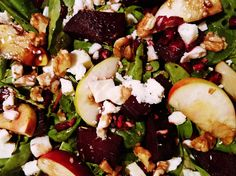 Spinach salad with beetroot, apple, pomegranate, walnuts and vegan Greek Style cheese ♥