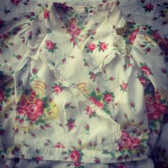"""From my private collection- #vintage #floral #cotton #seersucker #housecoat #circa1950s #fashionista #VintageClothing"""