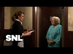 A census taker (Tina Fey) faces a woman (Betty White) with confusing answers to her most basic questions. [Season 35, 2010] Snl Youtube, Betty White, Tina Fey, Theme Song, Old Women, Actors & Actresses, It's Funny, Cooking Recipes, Comedy