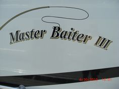 You have to wonder what goes through some boat owners' minds when naming their boats. Cool Boat Names, Pontoons, Lake Life, Boating, Roads, Funny Stuff, Mindfulness, Sign, Humor
