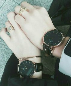 These cute models are most to the most fascinating RAMA MURTY Y Stylish Watches For Girls, Trendy Watches, Cute Watches, Elegant Watches, Stylish Girl Pic, Beautiful Watches, Watches For Men, Popular Watches, Ladies Watches
