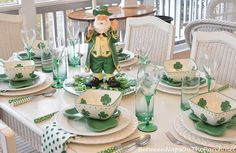 10 'Not Tacky' Ways to Decorate for St. Patrick's Day - The Organized Mom Patrick's Day centerpieces Celebrate St. Table Centerpieces For Home, Holiday Centerpieces, St Patricks Day Crafts For Kids, St Patrick's Day Crafts, St Patrick's Day Decorations, Organized Mom, Decorated Jars, St Paddys Day, Fall Table