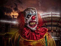 Is there anything scarier than a Clown? Clown Horror, Creepy Clown, Arte Horror, Halloween Horror, Insane Clown Posse Albums, Creepy Halloween Decorations, Halloween Ideas, Send In The Clowns, Clown Faces