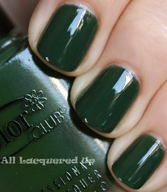 Color Club dark green nail polish - be as green as your Christmas tree with this lovely, holiday color!