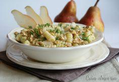 Pasta al gorgonzola, pere e noci, ricetta primi