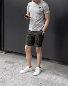Just Pinned to Fashion: Casual summer outfit inspiration with olive shorts gray t shirt watch no show socks and white sneakers Casual Shorts Outfit, Casual Outfits, Men Casual, Casual Styles, Trendy Style, Style Men, Casual Dresses, Formal Dresses, Summer Outfits Men