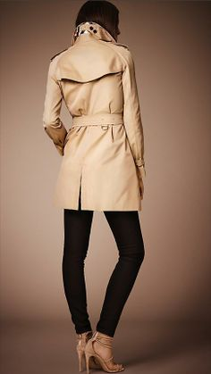 Burberry The Westminster - Mid-Length Heritage Trench Coat