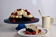 Better than anything chocolate cake — E P I C U R E Epicure Recipes, Cooking Recipes, No Bake Desserts, Just Desserts, Decadent Chocolate Cake, How To Make Cake, Gluten Free Recipes, Food Inspiration, Deserts