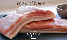 A Step by Step Guide on How to Smoke Bacon - one of the best write ups on home made bacon. Pork Belly Bacon Recipe, Bacon Recipes, Grilling Recipes, Oven Recipes, Chorizo, Curing Bacon, Smoker Cooking, Smoking Recipes, Smoked Bacon