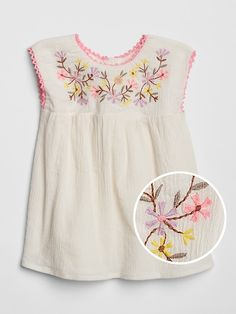 Gap offers baby girl bodysuits that will keep your baby girl comfy. Choose from a variety of baby girl bodysuits, tops and t shirts. Baby Girl Frocks, Frocks For Girls, Kids Frocks, Baby Girl Dresses, Baby Dress, Baby Girl Frock Design, Baby Girl Dress Patterns, Vintage Kids Clothes, Pajama Pattern