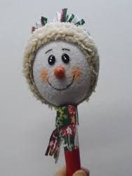 Resultado de imagen para maracas navideñas Easy Crafts For Kids, Easy Diy Crafts, Kid Crafts, Snowman, Christmas Ornaments, Holiday Decor, Simple, Home Decor, Accent Pillows