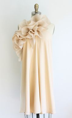 Pretty!  and love the open back too.  Dolly Pearl Anastasia Dress