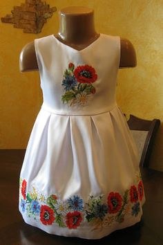 . Mexicans, Kind Mode, Cross Stitching, Frocks, Baby Dress, Little Girls, Kids Outfits, Kids Fashion, Embroidery