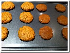 Low Carb Cookies – Peanut/Almond Butter Cookies that Don't Crumble!