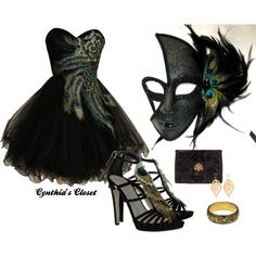 I love love love this! Makes me want to go to a Masquerade ball!
