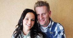 Joey and Rory Feek have a beautiful life together — as husband and wife, as a celebrated country duo, and as each other's biggest source of security and support. Take a look at some of their sweetest moments