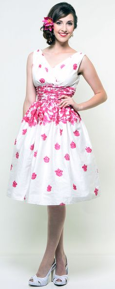 BEAUTIFUL  Unique Vintage- May Day Pink Floral Swing Dress