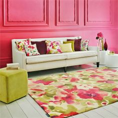 Varese rug from Sanderson. A hand tufted pure new wool rug with a beautiful large floral design in magenta pinks and leafy green. Bespoke sizing available, buy online today. Orange Carpet, Interior Desing, Interior Inspiration, Floral Room, Cheap Carpet Runners, Rugs On Carpet, Carpets, Carpet Decor, Showcase Design
