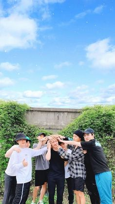 Exo Ot12, Kpop Exo, Kaisoo, Exo Chanyeol, Kyungsoo, Exo Group Photo, Exo Imagines, Exo Lockscreen, Boyfriends