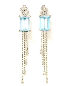 Brinco ouro branco, diamantes e topázio azul Brüner by Cláudia Lamassa - White gold earring , diamonds and blue topaz Brüner by Cláudia Lamassa #claudialamassa#ilovejewerly