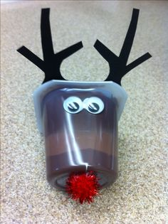 Reindeer snack for kids! My mom made this cute and easy craft! Great for daycare kids' snack!