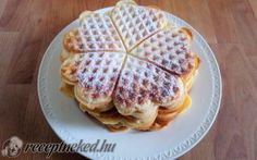 Édes gofri recept fotóval Cake Cookies, Waffles, Sandwiches, Food And Drink, Sweets, Baking, Breakfast, Recipes, Foods