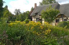 blog-Anne Hathaway's Cottage & Gardens
