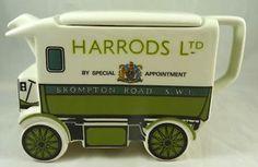 1919 Harrods Van ~ Walker Electric Van Teapot by James Sadler ~ The old James Sadler teapots are collectible collectables. Harrods, Electric Van, Cute Teapot, Teapots Unique, Cuppa Tea, Tea Pot Set, Teapots And Cups, China, Chocolate Pots