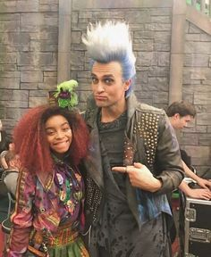 Page 2 Read HADES ROCK?+Night falls compt from the story NOTIS by (Gigi) with 286 reads. Carlos Descendants, Descendants Characters, Disney Channel Descendants, Disney Descendants 3, Descendants Costumes, Descendants Cast, Live Action Movie, Action Movies, Hades