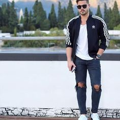 Have a great #weekend friends 😎! #look #friday #friyay #streetstyle  #soboys 👉 @soboys